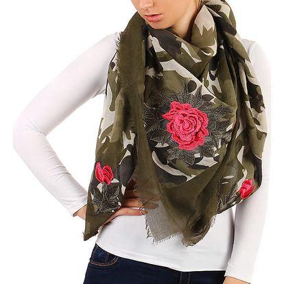 Vzorovaný šátek s růžemi zelená