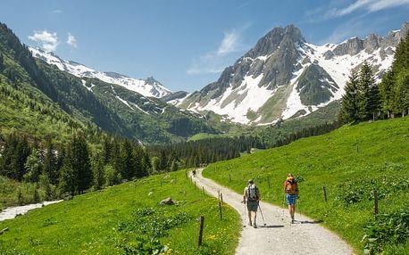 Rakouské Alpy v českém penzionu se snídaní