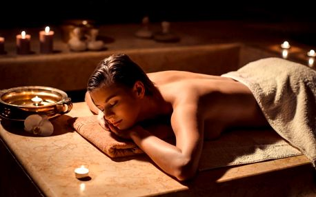 Hodinová dovolená: Exotická Pinacolade masáž