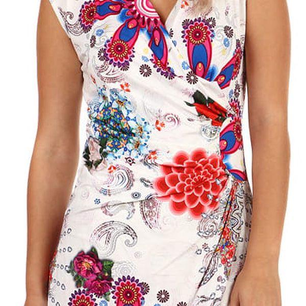 Bílé zavinovací šaty s potiskem - i pro plnoštíhlé bílá