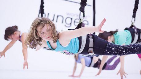 Zábavné cvičení bungee kids nebo bungee family