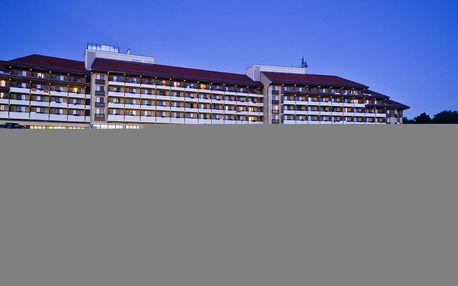 Neomezený wellness s polopenzí v Hotelu Pelion**** v lázních Tapolca