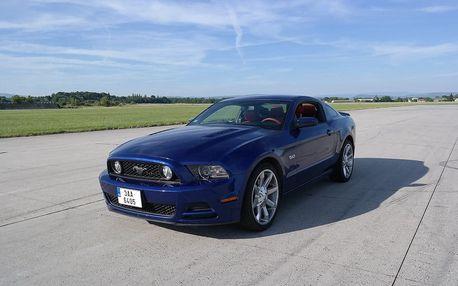 Jízda ve Fordu Mustang GT