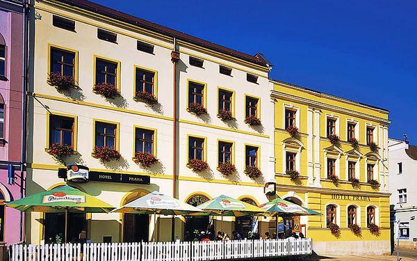 CHKO Broumovsko a Adršpach v historickém hotelu v centru Broumova s polopenzí – mnoho termínů, i přes léto