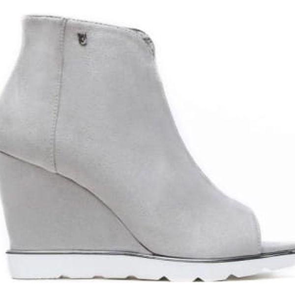Dámské světle šedé sandály na klínku Raylon 1132