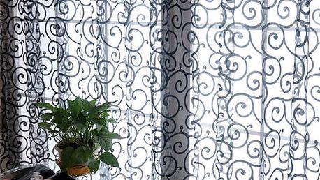 Záclona s elegantním potiskem