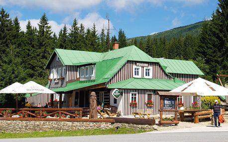 Horská chata v Krkonoších: pobyt pro dva + snídaně