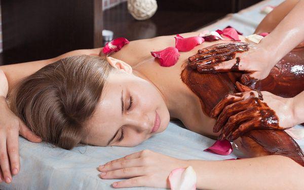 Sladká čokoládová masáž včetně peelingu a zábalu