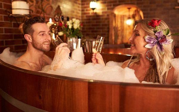 Pivní lázně a sauna pro dva s občerstvením