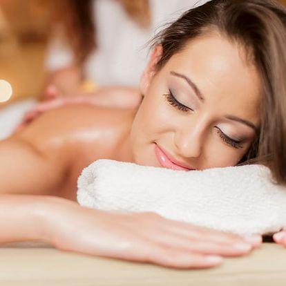 Masáž zad a šíje podle své nálady. Máte chuť na medovou, čokoládovou, sportovní, aroma masáž.