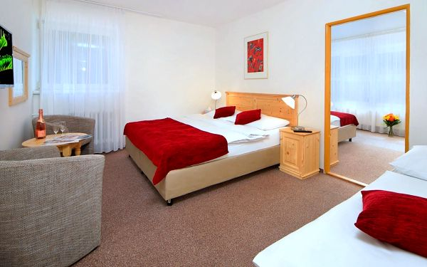 Hotel Lenka ve Špindlerově Mlýně s polopenzí a saunou