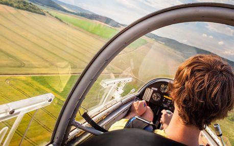 Let i pilotování kluzáku: 15 min. či hodina