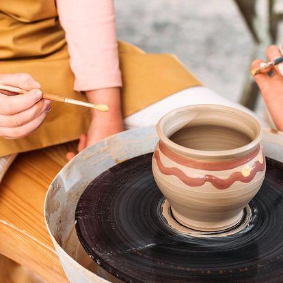 Buďte tvůrčí: zdobení hrnečku, svícnu nebo misky