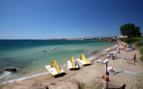 Týden s plnou penzí v apartmánech u pláže - Povljana, Chorvatsko