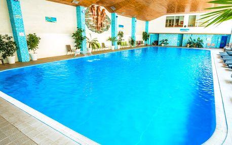 Jarný a Letný kúpeľný wellness pobyt v Dudinciach s procedúrami a plaveckým…