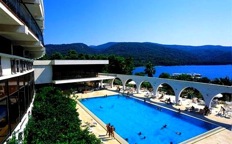 Chorvatsko, ostrov HVAR, Stari Grad, hotel Arkada **+ VŠE V CENĚ