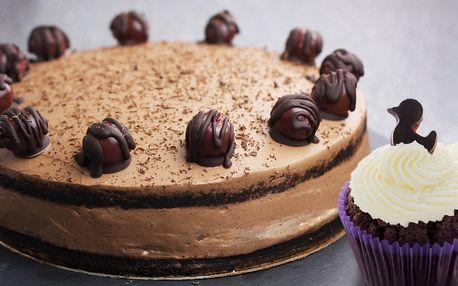 6 nebo 12 bezlepkových cupcaků nebo dort