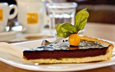 Čokoládový dortík a káva pro 1 nebo 2
