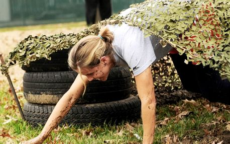 Překonej sám sebe: Armádní výcvik vč. výbavy