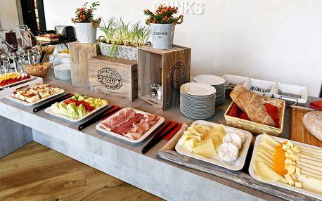 Bohatá snídaně formou bufetu pro 1 nebo 2 osoby