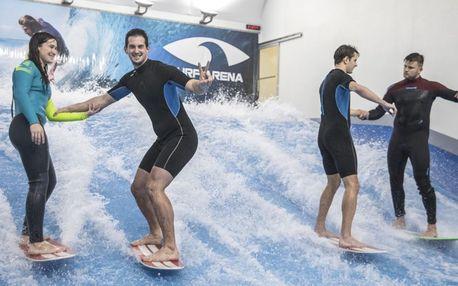 Surfing na tranažéru, včetně instruktáže, vybavení a videozáznamu jízdy. Surfejte po celý rok!