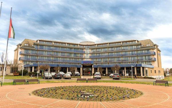 Jeden z nejpopulárnějších hotelů Park Inn by Radisson Sarvar s termálními lázněmi