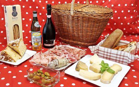 Piknikové koše plné italských delikates pro dva