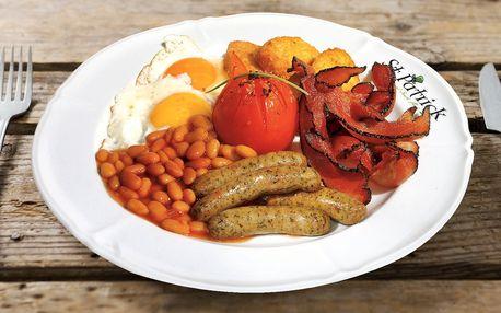 Irská snídaně: slanina, párek, volské oko i káva