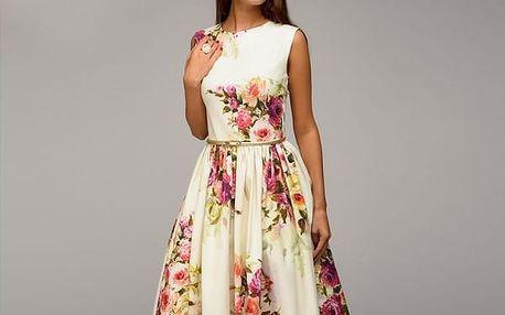 Letní šaty zdobené květy