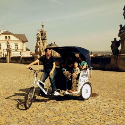 Kutnou Horou na rikše