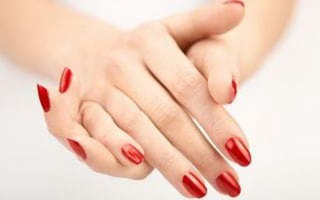 Manikúra a možnost gel laku, P-shine či modeláž nehtů