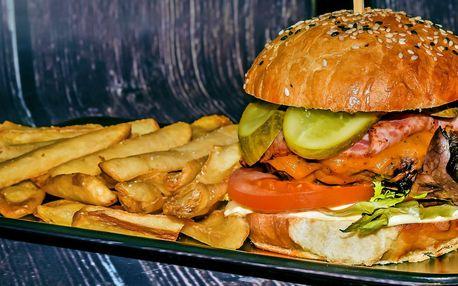2 naducané burgery s hovězím nebo kuřecím masem