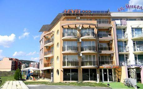 Bulharsko - Primorsko na 8 dní, polopenze nebo snídaně s dopravou letecky z Prahy