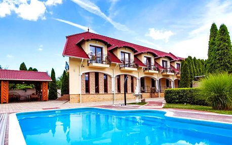 Maďarské lázně Bük: osvěžující relax v penzionu s vířivkou, venkovním bazénem a polopenzí + platnost až do května 2019