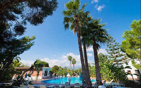 Pobyt s polopenzí 10 minut pěšky od pláže nedaleko nejkrásnějšího města Sicílie Taormina