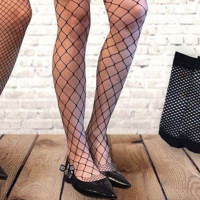 Trendy síťované punčocháče nebo ponožky