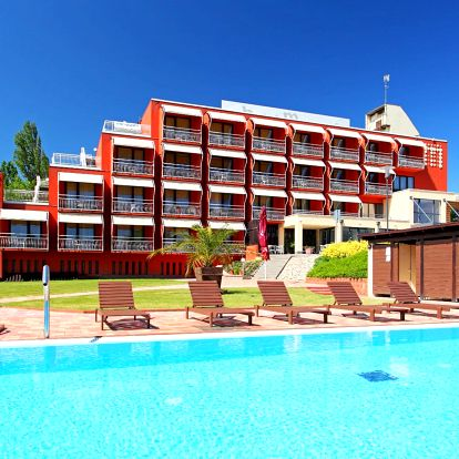 Baby friendly hotel s wellness na břehu Balatonu