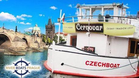 1 nebo 2hodinová vyhlídková plavba Prahou po Vltavě s možností rautu a hudby pro 1 osobu