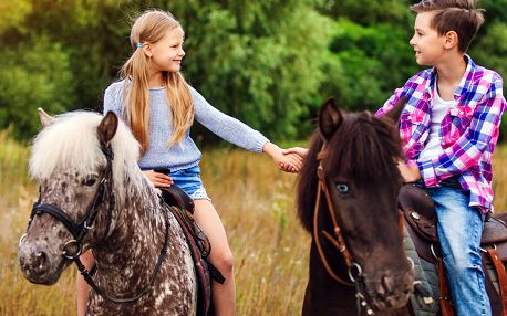 Příměstský tábor na ranči plném koní u Prahy