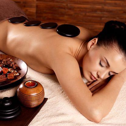Párová masáž zad a krční páteře s baňkováním + lávové kameny