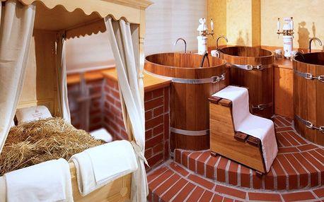 Relax ve vířivce, sauně i privátní lázni pro dva