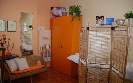 Fakírská masáž zad, šíje a hlavy nebo masáž nohou v Ostravě