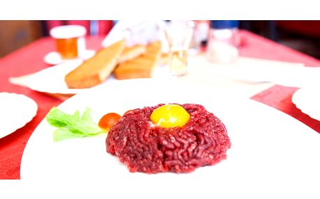 Tatarák nebo steak v restauraci U Kohouta