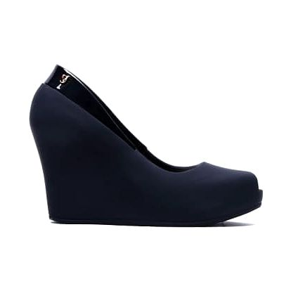 Dámské černé sandály na klínku Kalla 030