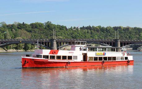 Jarní vyhlídkové plavby po Vltavě s výkladem či rautem