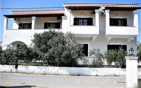 Řecko - Korfu: Apartmánový dům Mery kombinovanou dopravou z Brna