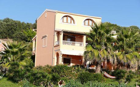 Řecko - Korfu: Apartmánový dům Romeo kombinovanou dopravou z Brna