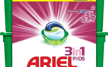 Ariel Touch of Lenor 64 praní