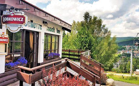 Harrachov jako na dlani ve sporthotelu u stanice lanovky na Čertovu horu + bohatá polopenze i letní termíny