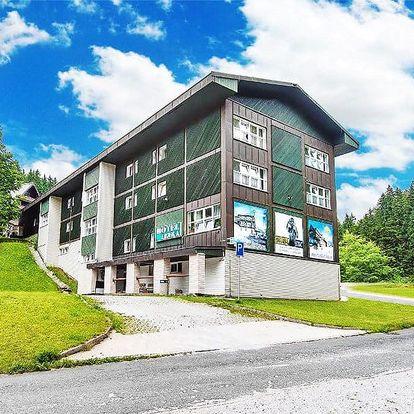 Špindlerův Mlýn plný pohody v hotelu s neomezeným vstupem do sauny a polopenzí